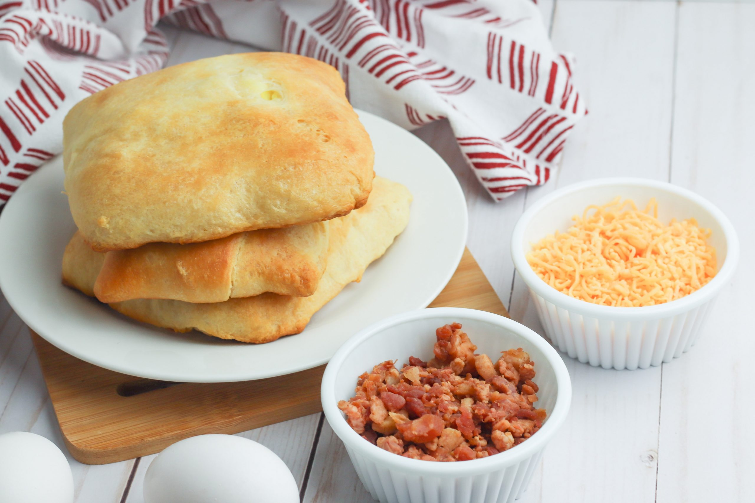 Bacon and Egg Breakfast Pockets