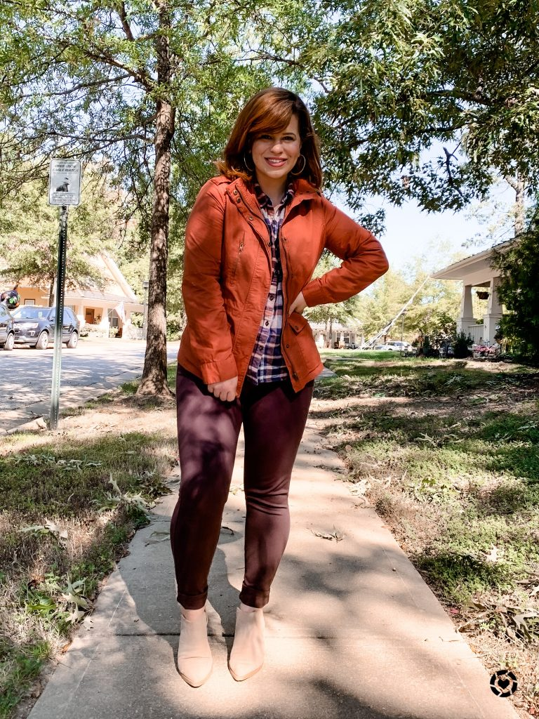 Building a fall capsule wardrobe is perfect so you don't have to stress about what to wear during the fall season.
